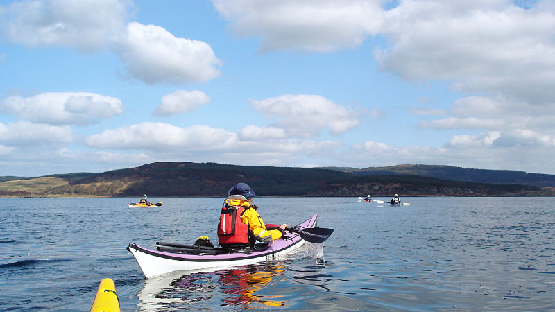 Paddling to Sgat Beag. Photo: Andy Waddington