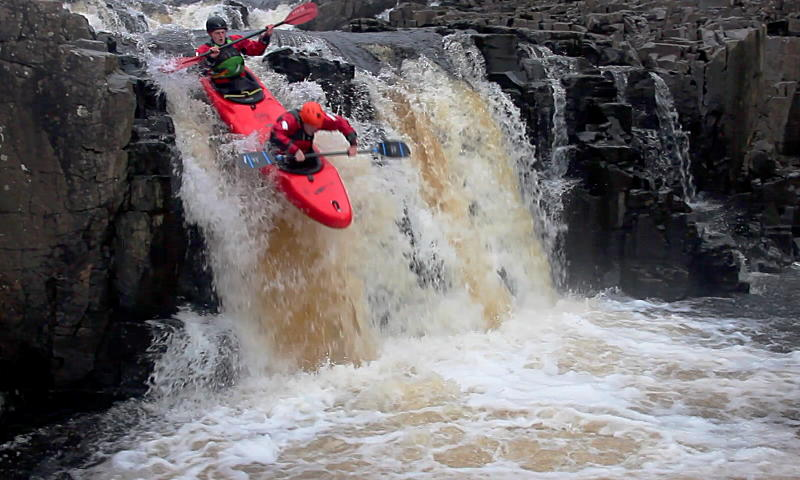 Taking the Topo down Low Force. Photo: Andy Waddington.