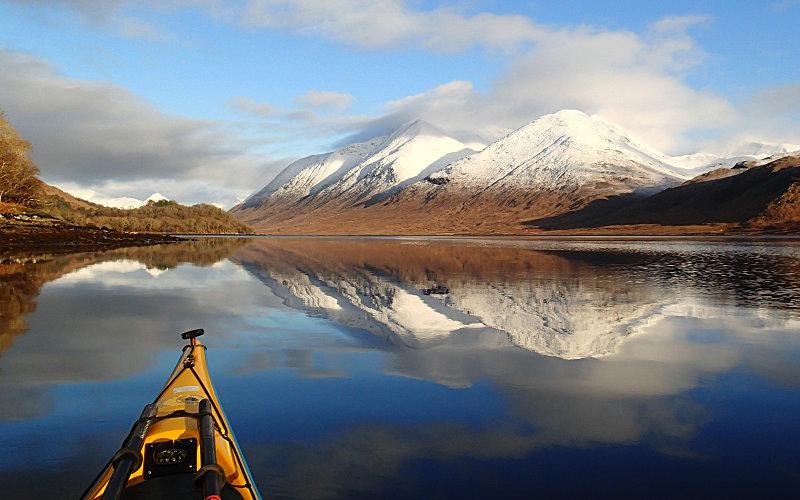 Paddling in a postcard. Photo: Pete Bridgstock